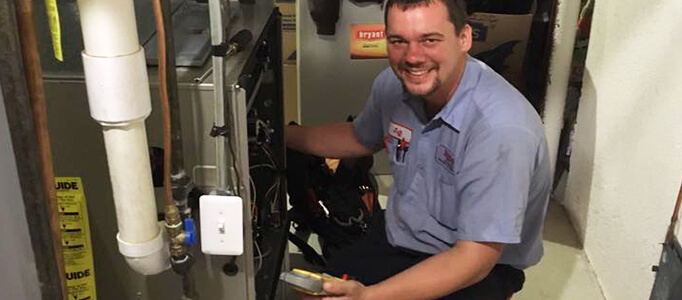 furnace installation technician